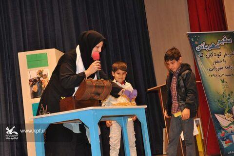 تکریم کودکان کار با حضور زلمه میرزایی در کانون کرج