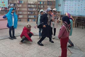 انجام فعالیتهای بازیمحور در مرکز فرهنگیهنری کانون بیارجمند