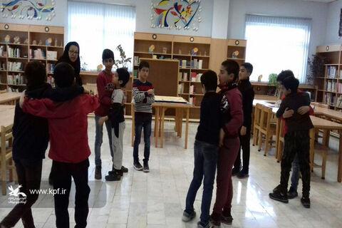 انجام فعالیتهای بازیمحور در مرکز فرهنگیهنری کانون بسطام