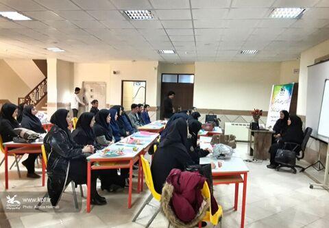 برگزاری دورههای ۵ روزه آموزشی اوریگامی و کلاژ ویژه مربیان فرهنگی مراکز کانون پرورش فکری کودکان و نوجوانان استان کرمانشاه