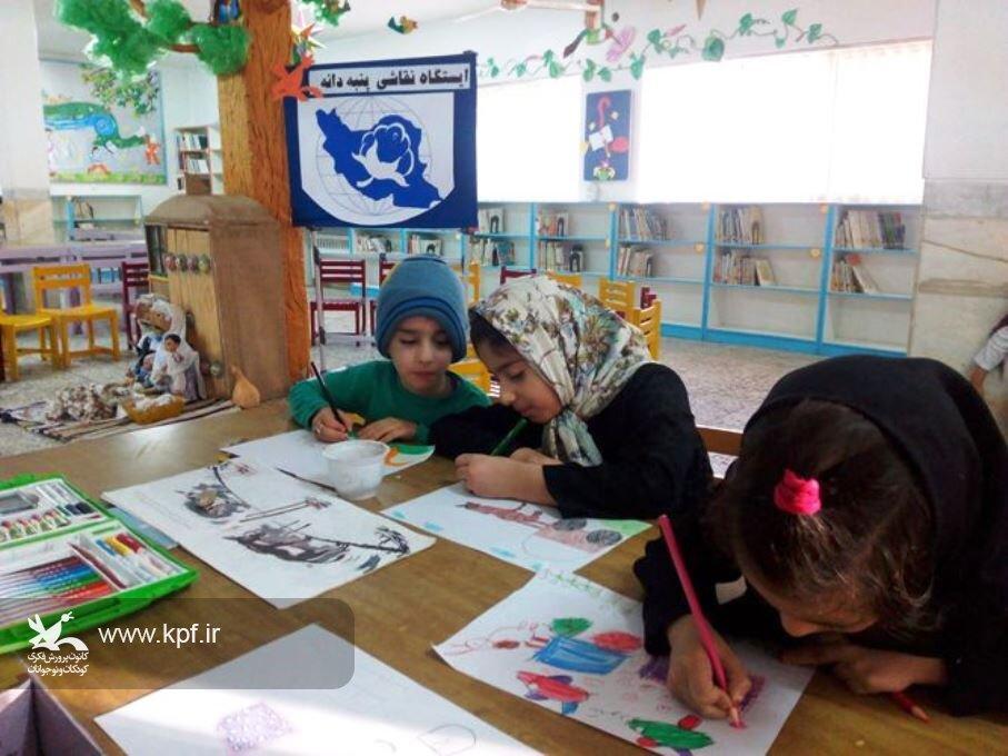 ایستگاه نقاشی «پنبه دانه» در مرکز فرهنگی و هنری بشرویه برگزار شد