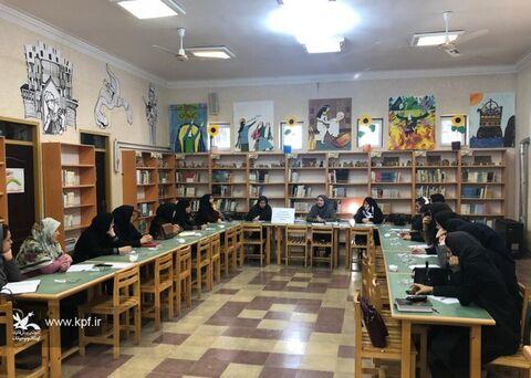 برگزاری نشست توجیهی مهارتهای مثبت روانشناختی در کانون گلستان