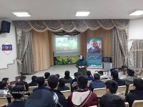 ویژهبرنامههای معرفی سردار شهید قاسم سلیمانی در مراکز کانون آذربایجان شرقی