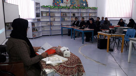 دوره آموزشی فعالیت های هنرهای بومی منطقه ای درکانون لرستان برگزارشد