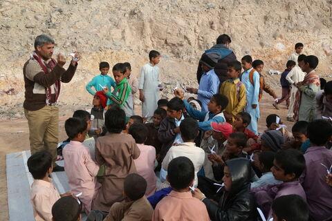امداد فرهنگی کانون در مناطق سیلزده استان سیستان و بلوچستان