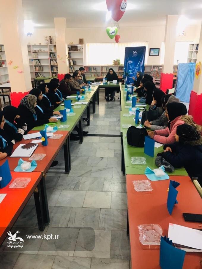 انجمن ادبی «آبی» در مرکز فرهنگی و هنری قاین آغاز به کار کرد