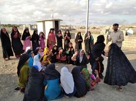 اجرای برنامه مربیان کانون استان قزوین در مناطق سیلزده
