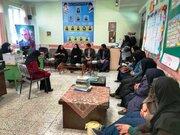 بازدید مدیر کل کانون خراسان جنوبی از کتابخانه سیار روستایی بیرجند