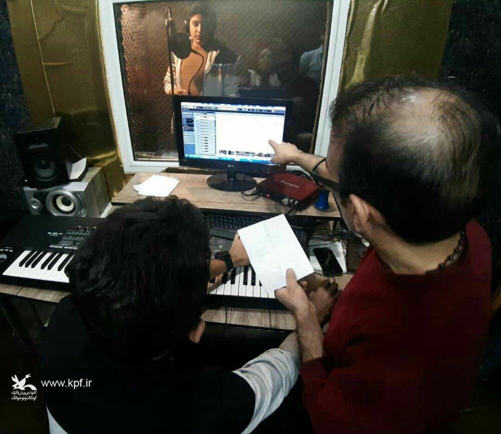 تولید و ضبط استودیویی قطعات موسیقی اعضاء گروه سرود کانون زنجان