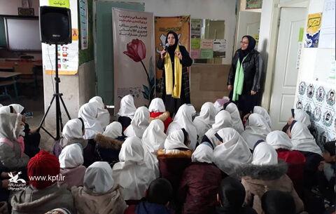 حضور همکاران کانون البرز در روستاهای اشتهارد به مناسبت آغاز دهه مبارک فجر