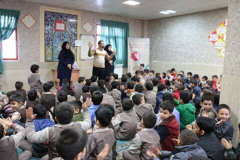 آغاز 12 بهمن با اجرای پیک امید در اراک