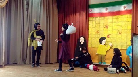 ویژه برنامه جشن لاله های انقلاب در کانون شلمزار