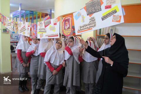 استقبال دانشآموزان از فعالیتهای دهه فجر