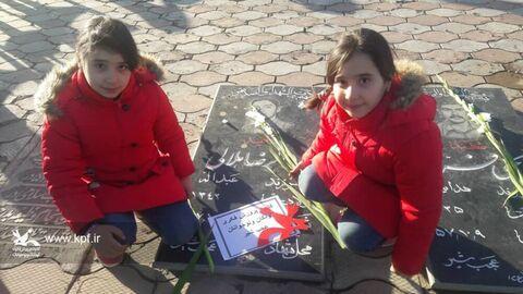 ادای احترام اعضا و مربیان کانون آذربایجان شرقی، به شهدای میهن اسلامی