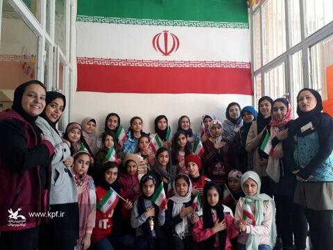 ویژه برنامه دهه فجر مرکز شماره 8 کانون تهران