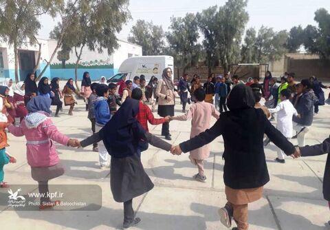 برگزاری جشن پیروزی انقلاب برای اعضای مراکز پستی و سیار سیستان و بلوچستان