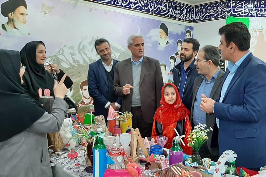 جشنواره کاردستی با استفاده از دوریختنیها در نوشهر برگزار شد