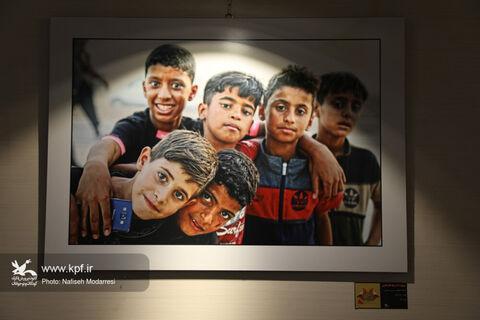 نمایشگاه نخستین مهرواره عکس «بچههای اربعین» گشایش یافت