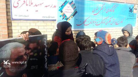 کارگاههای فرهنگی، هنری و ادبی مراکز کانون آذربایجان شرقی مسیر راهپیمایی با شکوه ۲۲ بهمن