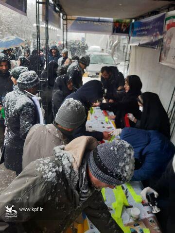 غرفههای کانون در مسیرهای راهپیمائی یوم ا...۲۲ بهمن شهرهای آذربایجان شرقی