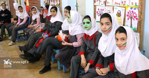 چند نما از ویژه برنامههای دهه مبارک فجر در مراکز فرهنگی و هنری کانون استان قزوین -۱
