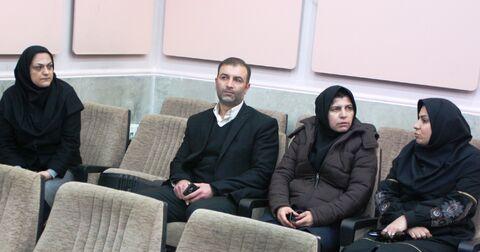 بازدید اعضای شورای شهر از مرکز فرهنگی و هنری شماره 2 کانون تاکستان