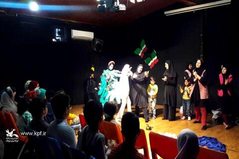 چهلو یکمین دهه فجر انقلاب اسلامی در مرکز فرهنگی هنری شماره یک کانون رشت