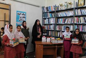 اهدای 10 هزار جلد کتاب به مدارس روستاهای کردستان