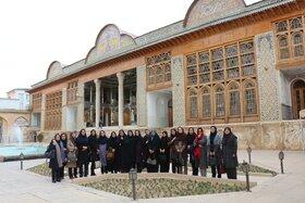 شیرازگردی بانوان اداره کل کانون فارس در هفته بزرگداشت مقام مادر و زن