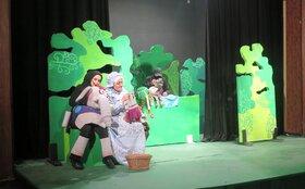 رونق سالن نمایش کانون استان قزوین با اجرای «بنگ، بنگ»