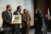 دو نشان زرین مراکز برتر کانون کشور به آذربایجانغربی رسید