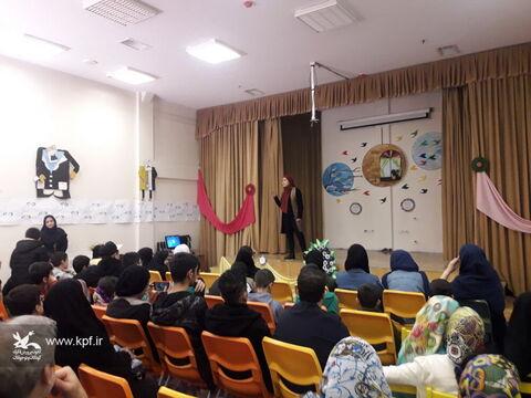 اختتامیه چهاردهمین جشنواره سرود خوانی در مرکز شماره 42 و 27 کانون تهران