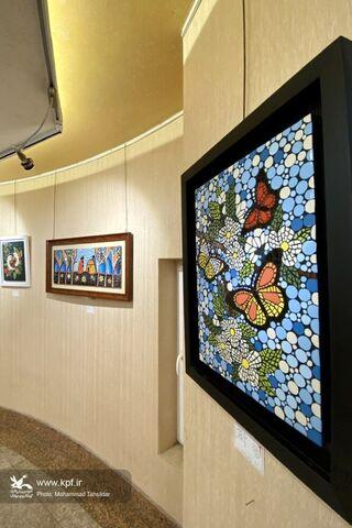 نمایشگاه هنرهای تجسمی «آوای هنر» برگزار شد