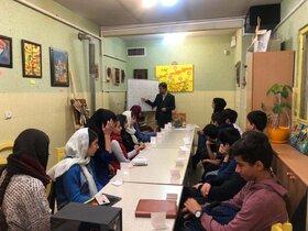 برگزاری کارگاه لعاب کاری روی سفال در مرکز هشتگرد