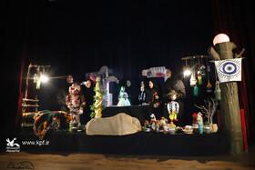 نمایش کباب کلاغ از چالوس به مرحلهی نهایی جشنواره هنرهای نمایشی کانون راه یافت