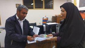 تجلیل مدیرکل کانون استان از همکاران مجتمع کانون زاهدان