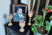 مدیرکل کانون استان همدان به دیدار خانواده راوی کتاب «آب هرگز نمیمیرد» رفت