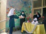 اهدای بستههای فرهنگی به اعضای کتابخانه پستی تبریز