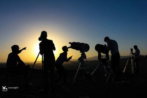 اعضای کانون لرستان هلال ماه شوال را روئیت می کنند