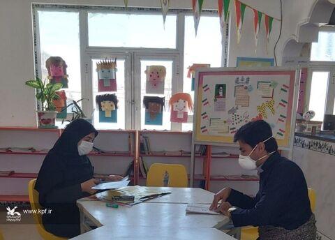 فعالیت همکاران مراکز کانون پرورش فکری استان کرمانشاه با رعایت پروتکلهای بهداشتی بیماری کروناویروس