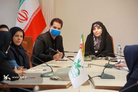 نشست مدیر کل کانون استان تهران با همکاران هنری مراکز