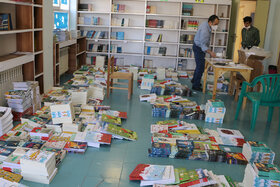 تجهیز کتابخانههای کانون سمنان با  کتابهای ناشران کودک و نوجوان