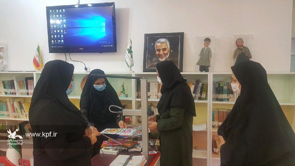 مدیر کل کانون استان از مرکز شماره یک و پایگاههای سیار روستایی و شهری بیرجند بازدید کرد