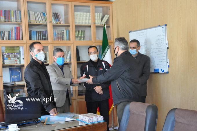 آیین گرامیداشت و تجلیل از کارمندان کانون استان اردبیل
