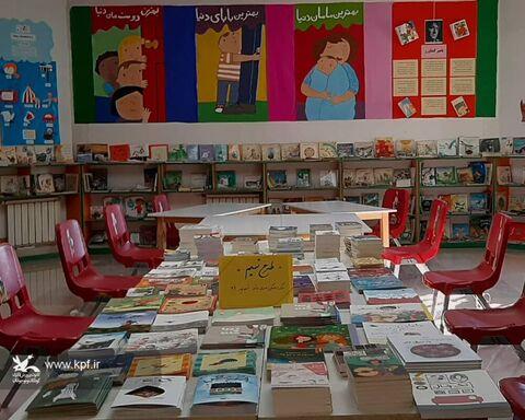 کتابخانههای مراکز فرهنگی هنری کانون پرورش فکری گلستان با کتابهای طرح تمیم تجهیز شدند