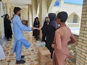 تجهیز کتابخانهی مدرسهی روستای جَنگارَک در چابهار