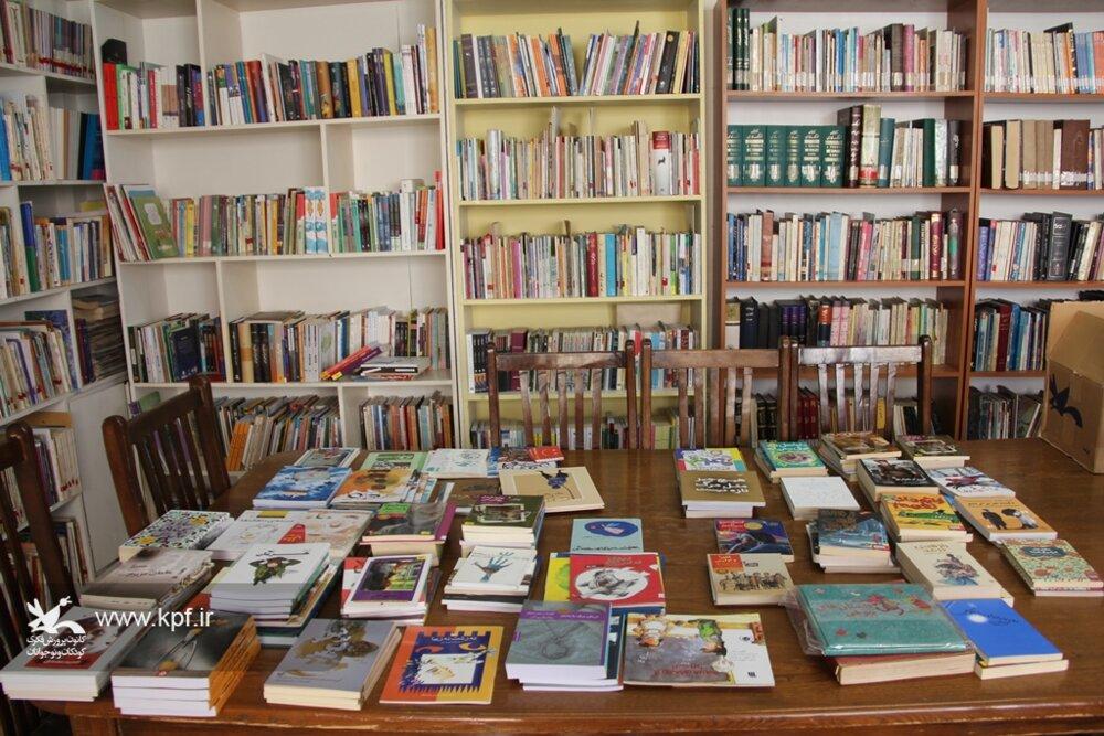 کتابهای «طرح تمیم» در دل کتابخانههای کانون خراسانرضوی