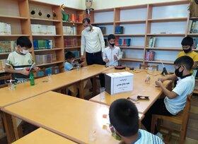 کارگاه ساخت کاردستی«بالگرد»در مرکز فرهنگی هنری کانون گمیشان