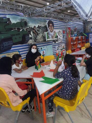 فعالیت غرفه کانون استان کرمانشاه در نمایشگاه دفاع مقدس