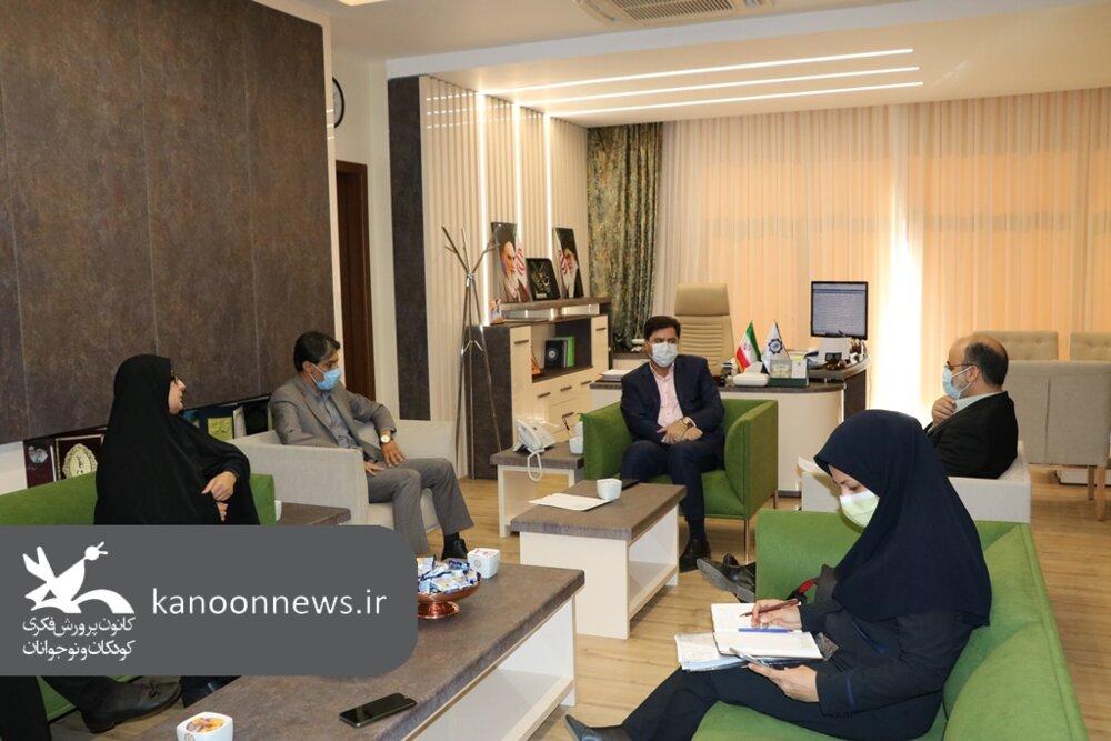 دیدار مدیرکل کانون کرمان با شهردار انجام شد